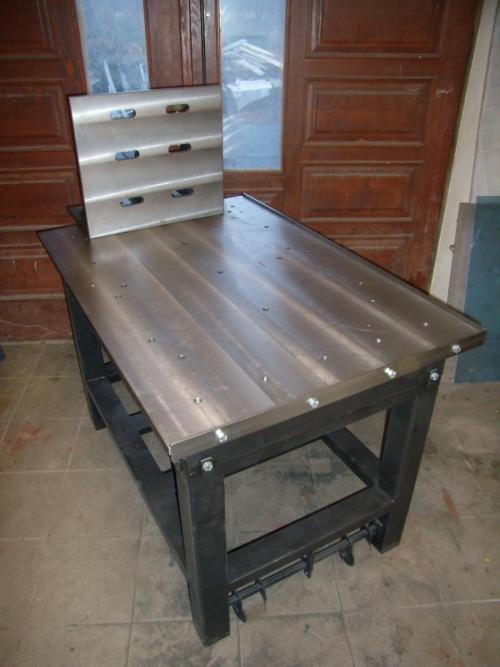 stůl zámečnický, úhelník obrobený